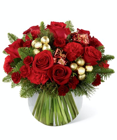 Holiday Gold Bouquet - Same-day Delivery Uniontown (PA)