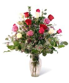 Classic Mixed Dozen Roses Uniontown, PA