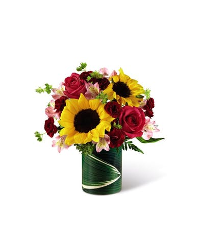 Sunflowers & Pink Roses Uniontown (PA) Neubauer's Flowers & Gifts